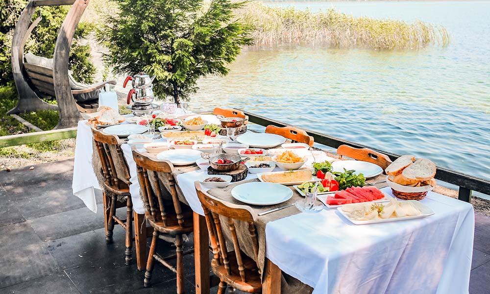 sapanca gölü kahvaltı ile ilgili görsel sonucu