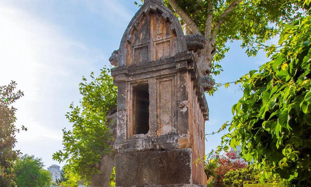 kaş kral mezarı