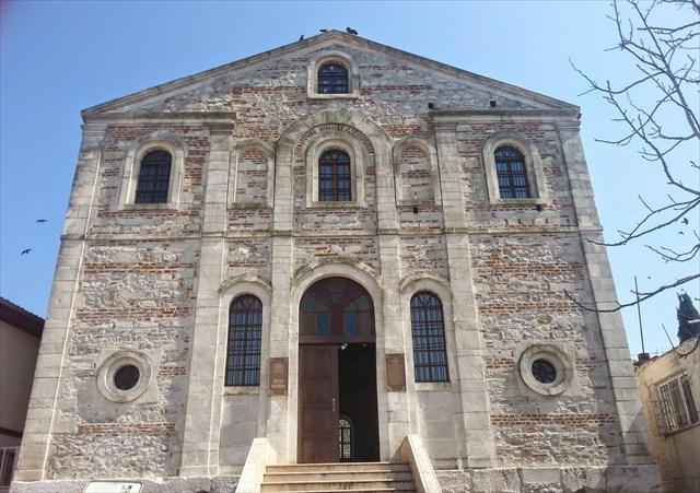 Aziz Panteleimon Kilisesi